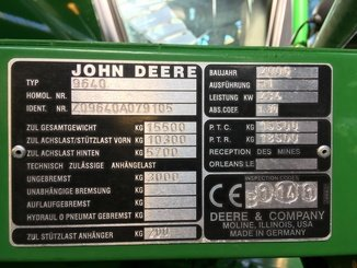 Moissonneuse batteuse John Deere 9640 i WTS - 4