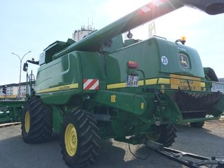 Moissonneuse batteuse John Deere T 660 4x4 - 3