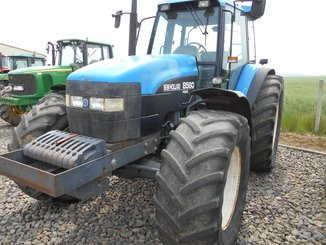 Tracteur agricole New Holland 8560 - 1