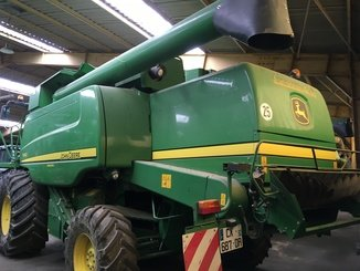 Moissonneuse batteuse John Deere T660 - 3