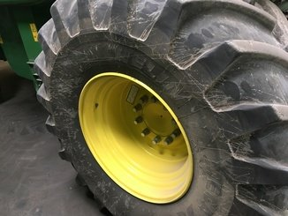 Moissonneuse batteuse John Deere T660 - 6
