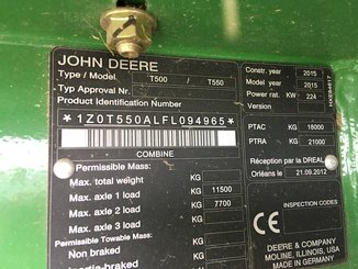 Moissonneuse batteuse John Deere T550 - 8