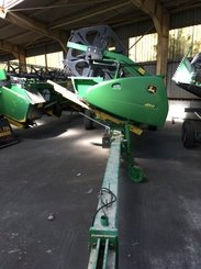 Moissonneuse batteuse John Deere T660 - 14